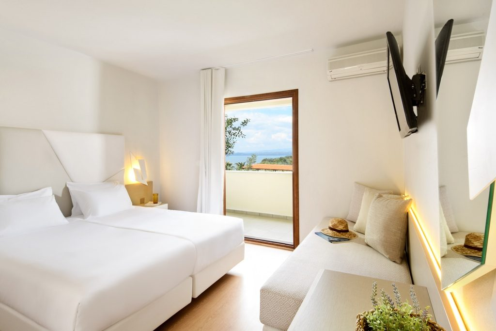Standard Double / Twin Room with Garden View